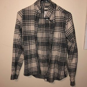 American Eagle grey and white flannel